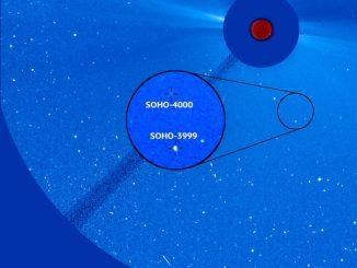 Soho Uydusunun keşfettiği SOHO 3999 ve SOHO-4000 kuyruklu yıldızlları görseli