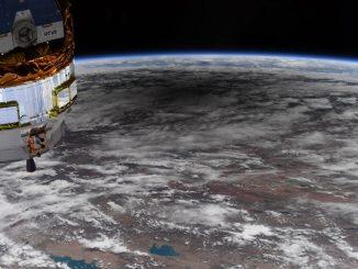 Halkalı Güneş tutulması'nda Ay'ın Dünya üzerine düşen gölgesinin fotoğrafı