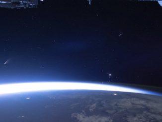 Neowise kuyruklu yıldızının fotoğrafı