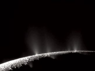 Enceladus'un yüzeyinin fotoğrafı