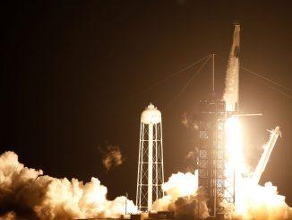Falcon 9 roketi fırlatma anı