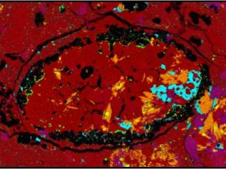 gök taşı numunesinin mikroskop görüntüsü