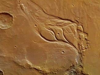 Mars'ta buluınan kurumuş nehir yatakları