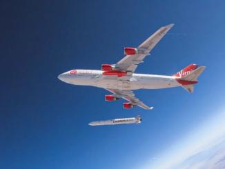 Cosmic Girl adlı uçak