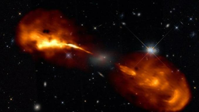 Hercules A galaksisi